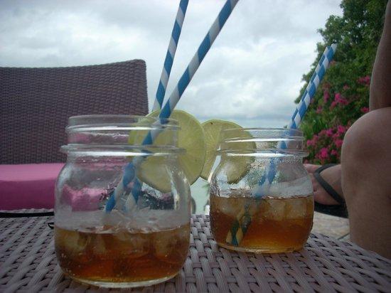 JoJo Beach Club: Famous Long Island Iced Teas