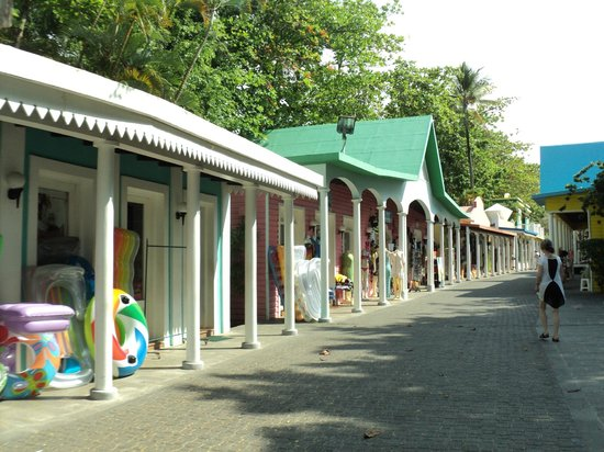 ClubHotel Riu Bachata : Street with souvenirs stores right beside the Hotel!