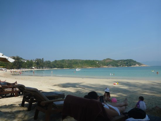 Royal Muang Samui Villas: Beach during the day