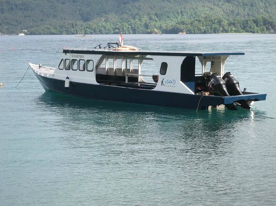 NAD-Lembeh Resort: One of the 3 (or 4?) dive boats