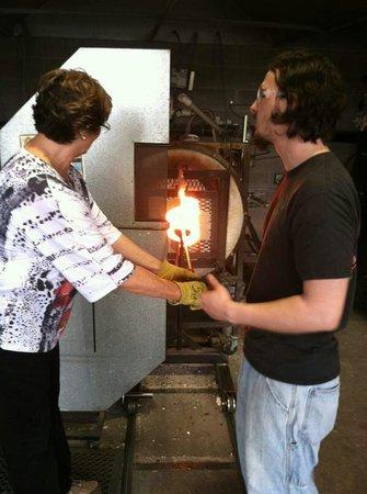 Jennifer Sears Glass Art Studio : Beginning the process of making a glass ball.