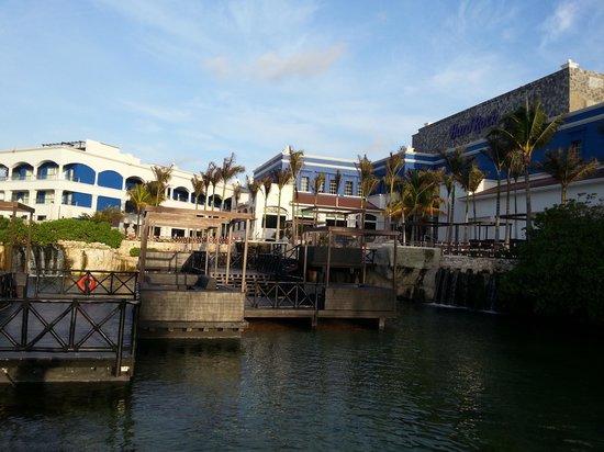 Hard Rock Hotel Riviera Maya : Behind the main lobby