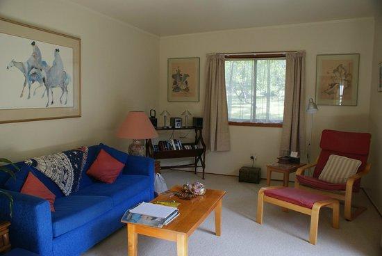 Rapaura Water Gardens: Lounge room