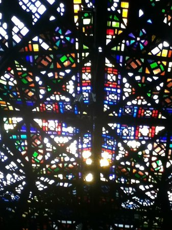 National Gallery of Victoria (NGV): Stained glass roof