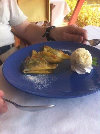 Mom Tri's Krapood Kitchen: Pancakes with orange