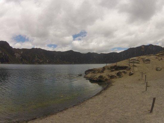 Laguna Quilotoa: Внизу, у лагуны