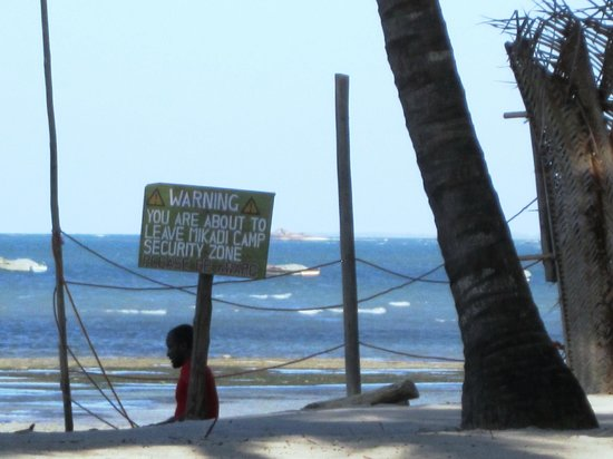 Mikadi Beach: Warning!