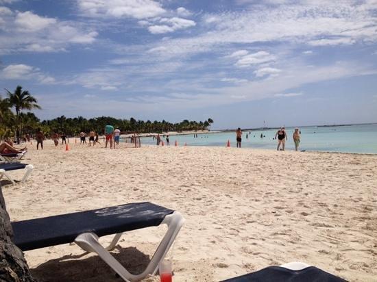 Barcelo Maya Colonial: Beach at the Maya Beach