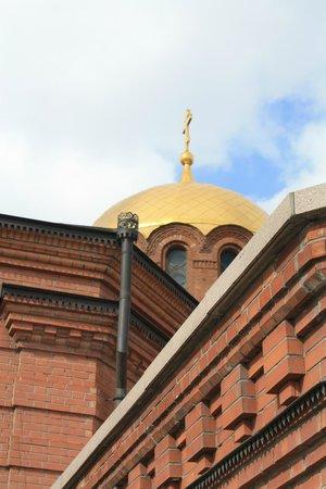 Alexandre Nevsky Cathedral (Sobor Alexandra Nevskogo): Весеннее небо