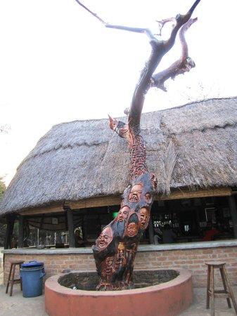 Kande Beach Resort : Bar