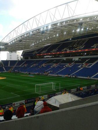 Estadio do Dragao: campo de futbol