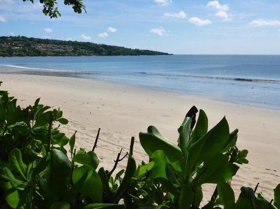 INTERCONTINENTAL Bali Resort : Blick zum Strand
