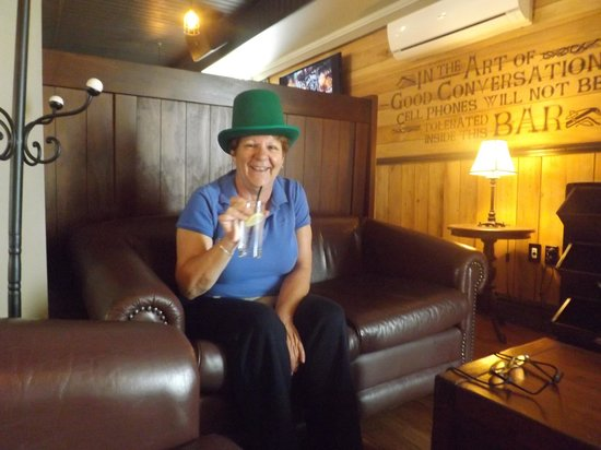 O'Flynns Irish Pub : top o the morning to you