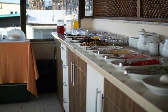 Hanedan Hotel: breakfast2