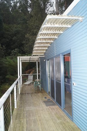 Huon Bush Retreats: Front deck