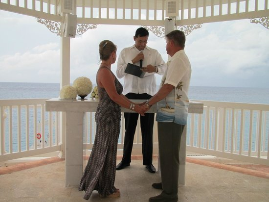 Cozumel Palace Renewal Of Our Vows On 25th Wedding Anniversary In The Gazebo