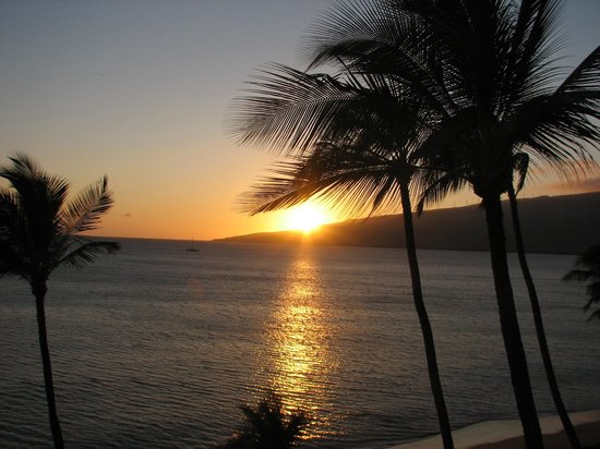 Sugar Beach Resort: Sunset from the Lanai