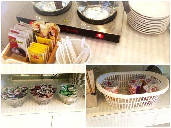 Amaris Hotel : Breakfasts selection