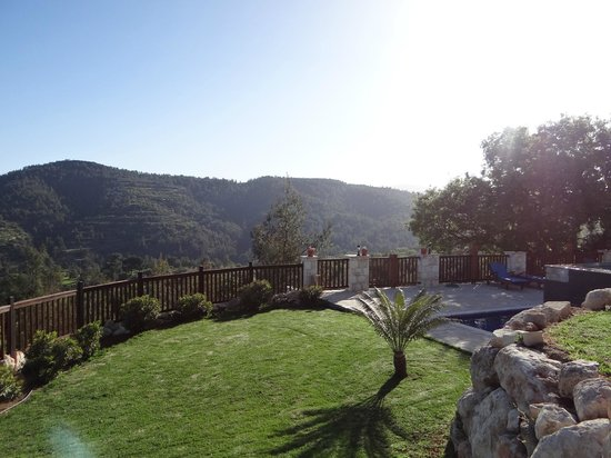 Paradisos Hills: Wake up to this every morning