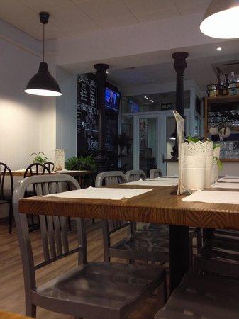 Hostal Carlos V: Restaurante en la planta baja