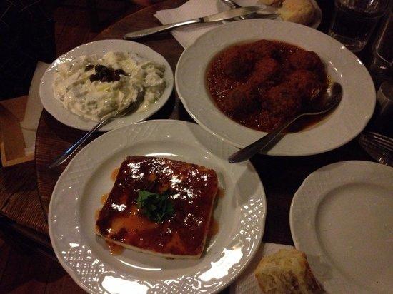 To Kafeneio: Comida excelente
