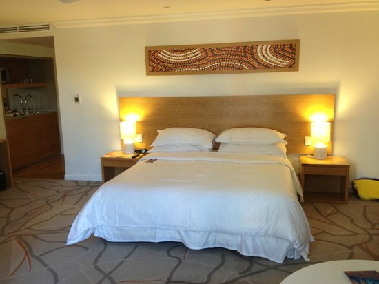 Sofitel Noosa Pacific Resort: Big bed