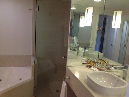Sheraton Noosa Resort & Spa : Bathroom