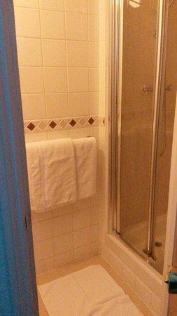 Fountain House Hotel: Clean