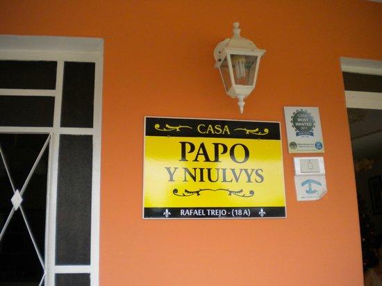 Casa Papo y Niulvys: targhetta casa particular