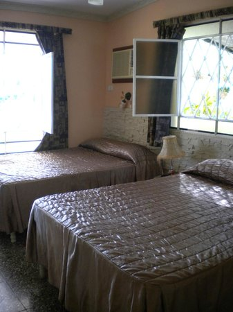 Casa Papo y Niulvys: camera da letto
