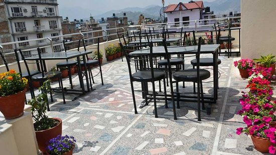 Thamel Grand Hotel: Rooftop Garden
