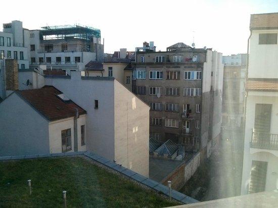 Grandior Hotel Prague: Utsikten var ingen vidare dock