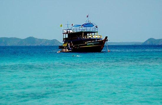 Kon Tiki  Koh Chang: Лодка в море