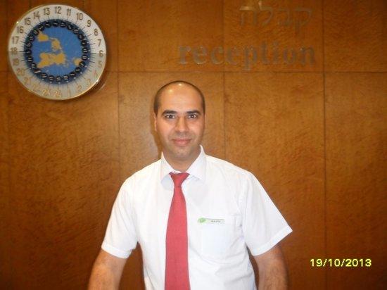 Jerusalem Gardens Hotel & Spa: Ala - the best receptionist