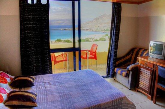 Residencial Alto Fortim : chambre aavec balcon