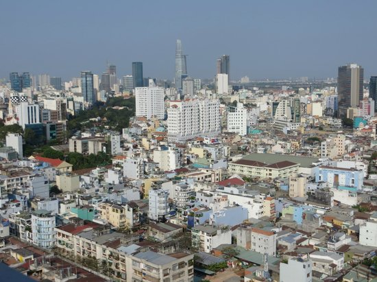 Hotel Nikko Saigon: View from Rooftop
