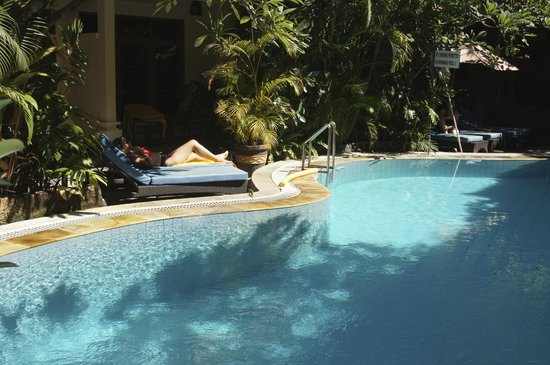 Secret Garden Inn: Fantastic pool - 2.00m deep throughout