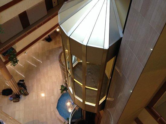 Hotel GHT Aquarium & SPA: Lobby Lifts