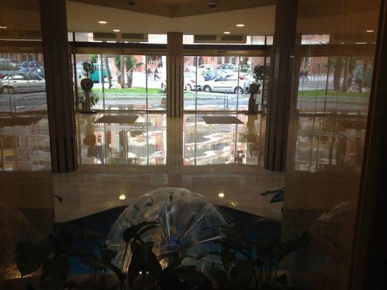 Hotel GHT Aquarium & SPA: Lobby