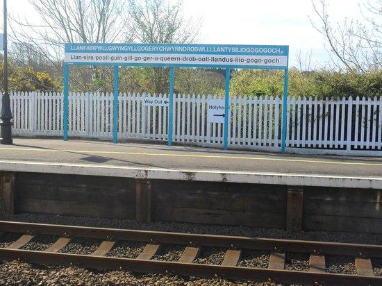 Llanfairpwll Railway Station: The railway platform