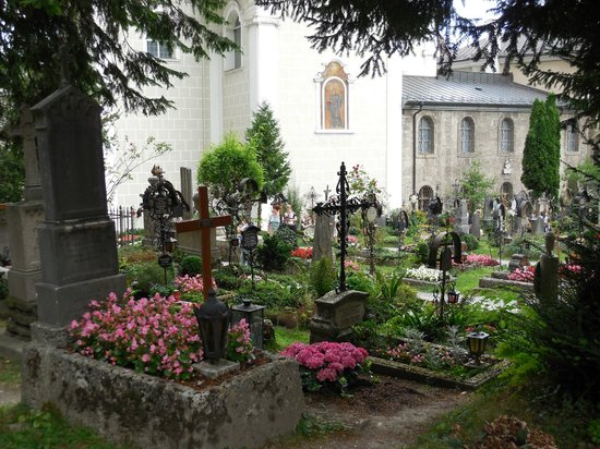 Petersfriedhof: 聖ペーター教会墓地