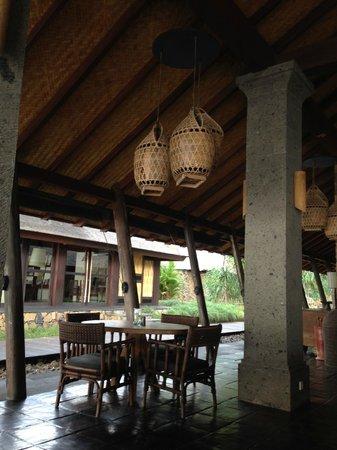 Jeeva Klui Resort: The Waroeng