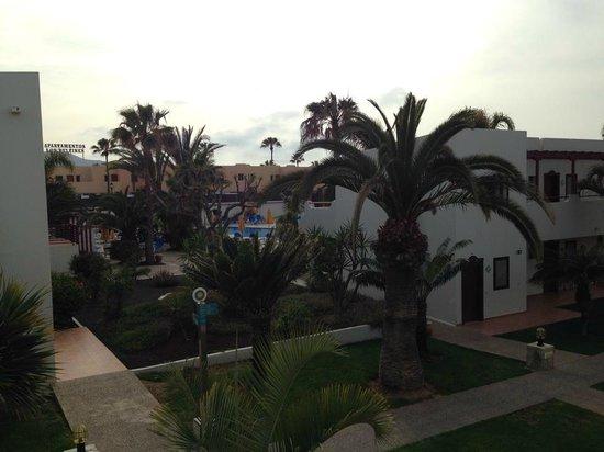 Suite Hotel Atlantis Fuerteventura Resort: Blacony view of Premium pool area