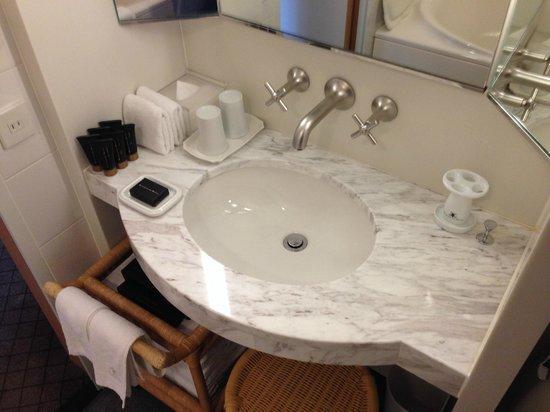 Marunouchi Hotel: bathroom