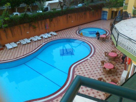 Kleopatra Dreams Beach Hotel : poolen