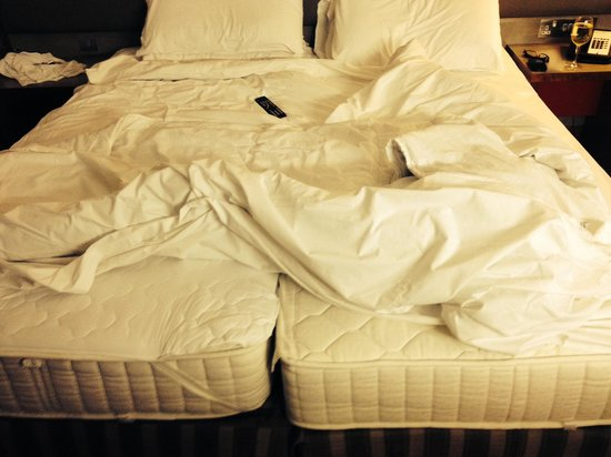 Radisson Blu Hotel, Durham : The double bed or should i say two singles