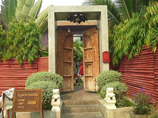 porte d'entrée villa thapae
