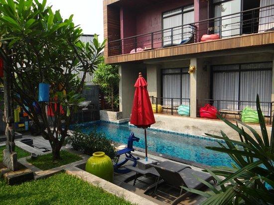 Villa Thapae : les 2 chambres r.d.c avec acces direct à la piscine