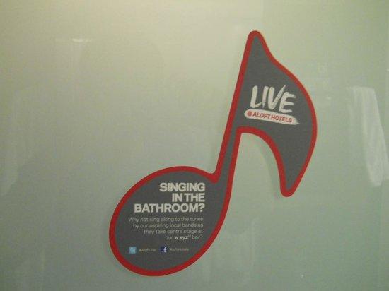 Aloft Kuala Lumpur Sentral: バスルームのドアのデザイン