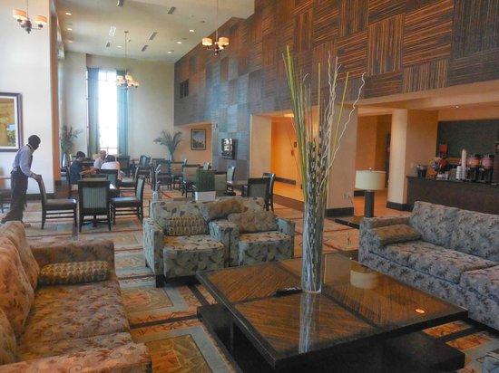 Hampton Inn & Suites National Harbor/Alexandria Area: Breakfast room